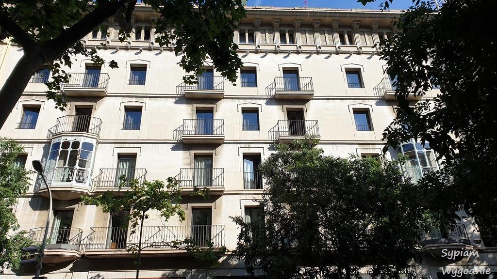 Alexandra Barcelona Hotel, Curio Collection by Hilton - budynek