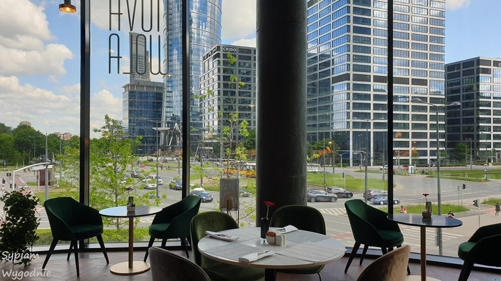 Śniadanie w Crowne Plaza Warsaw THE HUB - restauracja Nova Wola